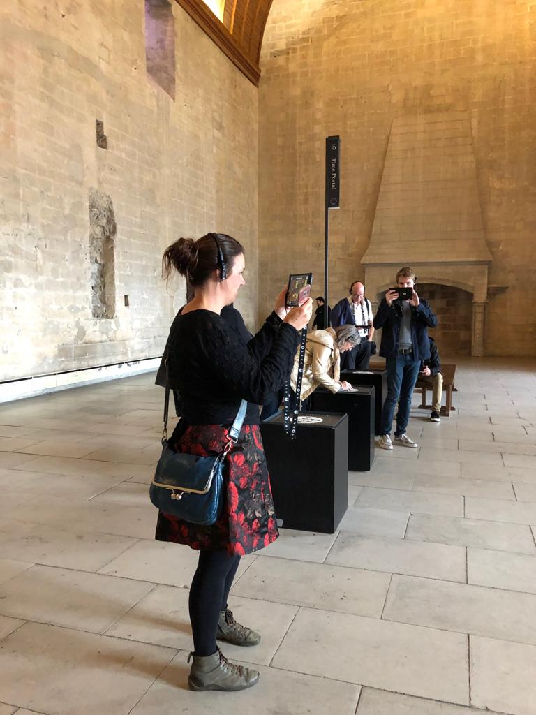 Histopad laat de prachtige keuken en banketzaal Palais des Papes Avignon herleven