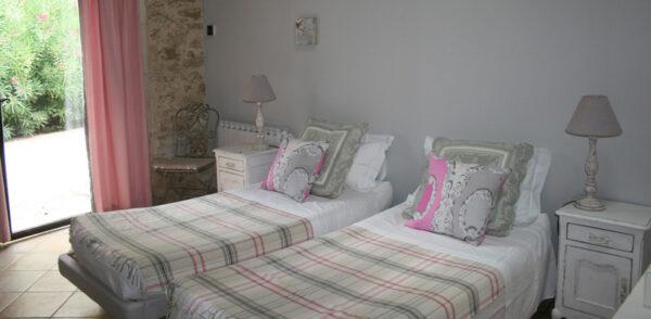 Kookreis Provence Twin Room